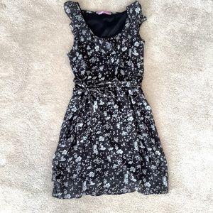 Cute summer dress size 2/ small
